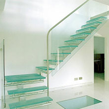 New arrival Non-slip stair for sale glass stair treads glass straight stair